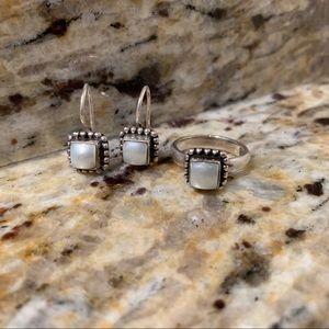 Silpada Jewelry - RETIRED Silpada Pearl Button Frame Set
